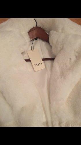 Cappotto in eco pelliccia bianco sporco