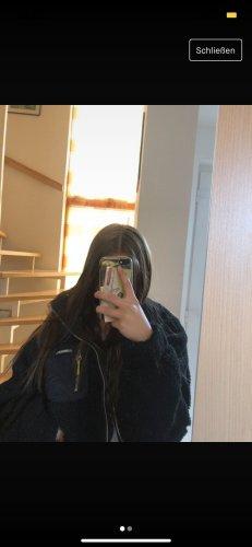 Bershka Kurtka oversize czarny