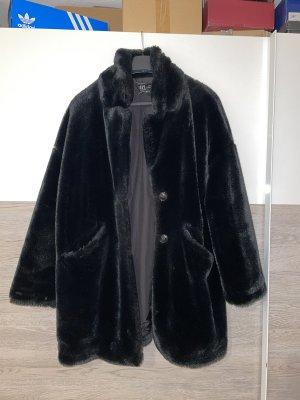 Zara Fake Fur Coat black