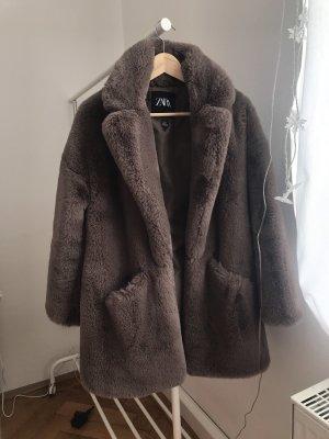 Zara Cappotto in eco pelliccia marrone-grigio-talpa
