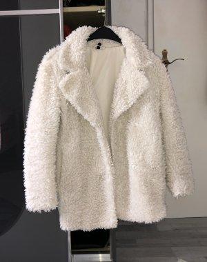 H&M Płaszcz polarowy w kolorze białej wełny-biały