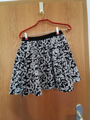 FB Sister Circle Skirt black-natural white cotton