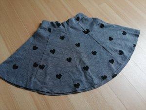 Tellerrock schwarz grau Herzen