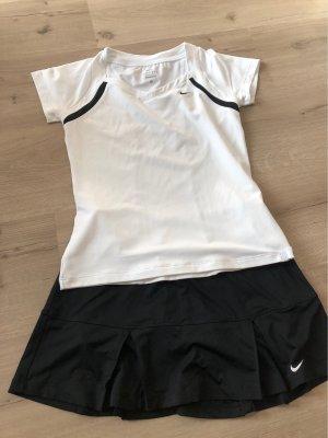 Tennis Outfit von Nike