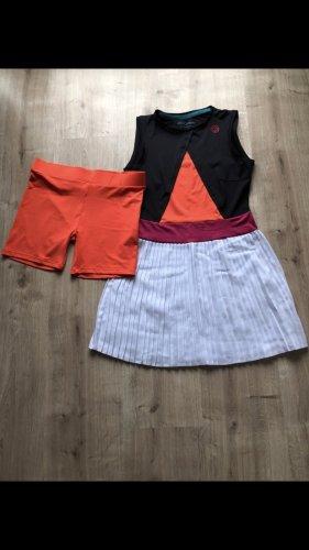 Tenniskleid mit passender Shorts von Bidi Badu by Kilian Kerner