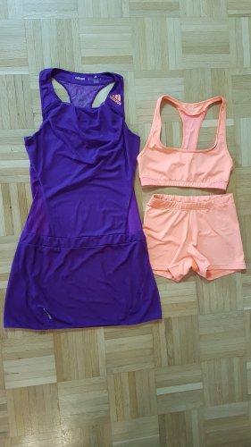Adidas vestido de globo violeta oscuro