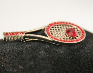 Tennisschläger silberne Brosche mit Straßsteinen in Rot Neu!