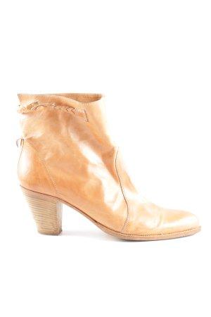 Stivale a gamba corta arancione chiaro elegante