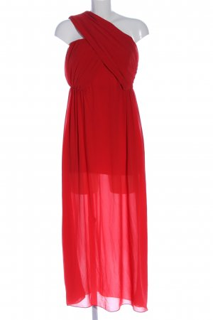 TFNC Vestido de un hombro rojo look casual
