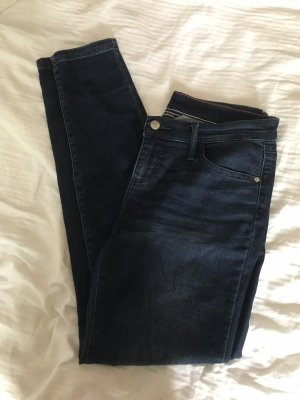 TH Jeans