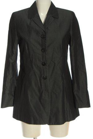The Hackbarth's Between-Seasons-Coat black casual look