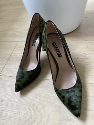 The Seller made in Italy Pumps