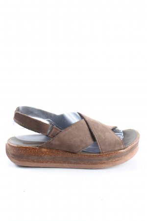 Think! Outdoor Sandals brown casual look