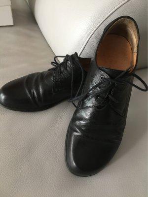 THINK! Think Halbschuhe Schnürschuhe Schuhe schwarz Gr. 40,5 guter Zustand