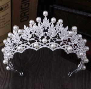 Headdress white-silver-colored