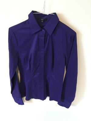 Tieffblaue Langarm-Bluse von Hugo Boss super edel und figurbetont Gr. 36