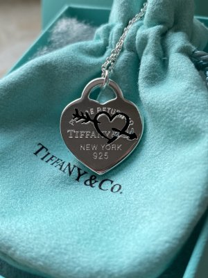 Tiffany&Co Collar negro-color plata