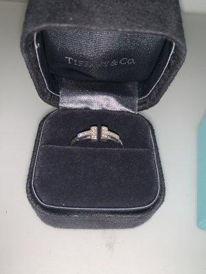 Tiffany Wire Ring 18 Karat