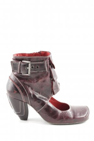 Tiggers Cut-Out-Stiefeletten rot Steppmuster extravaganter Stil