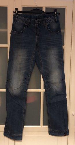 Timezone Jeans in Boulderhosen-Style