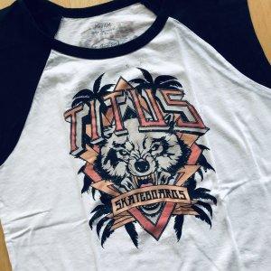 Titus Top Gr  M weiß schwarz Print Bär Skateboard Shirt