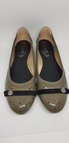 Tod's Patent Leather Ballerinas green grey