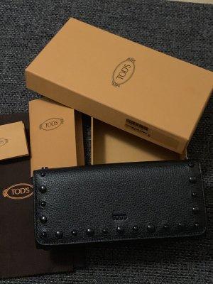Tod's Geldbörse in schwarz mit Noppen- wie neu!
