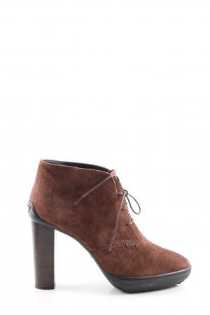 Tod's Stivale con tacco alto marrone stile casual