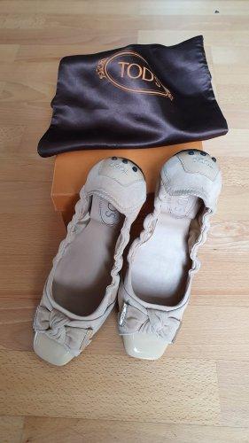Tod's Patent Leather Ballerinas cream leather