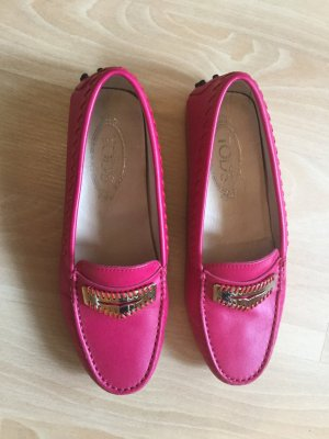Moccasins violet leather