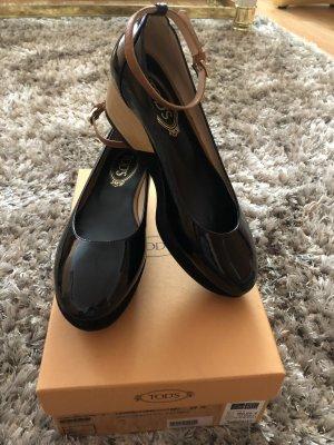 Tod's Patent Leather Ballerinas black