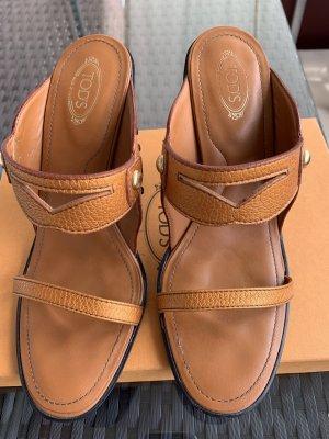Tod's Sandalo con cinturino arancione Pelle