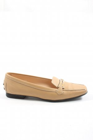 Tod's Slip-on Shoes nude casual look