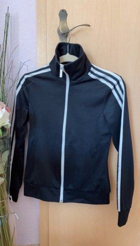 Tolle Adidas Weste