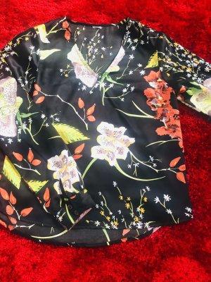 Tolle Bluse aus Satin der Marke Villa