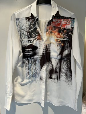 Tolle Bluse mit Großstadt-Print