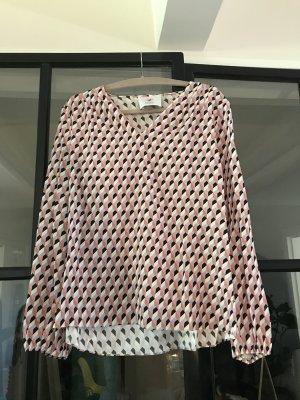 Tolle Bluse von Herzensangelegenheit mit grafischem Muster.