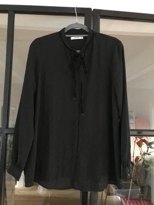Tolle Bluse von Mango Suit.