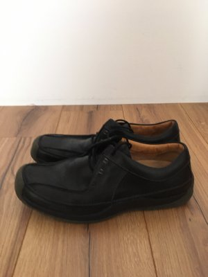 Tolle clarks