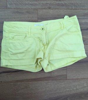 Tolle gelbe Shorts