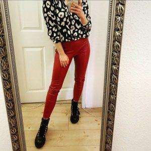 Zara Pantalón de cuero rojo oscuro