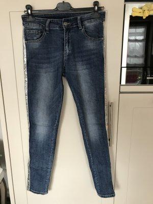 Tolle Jeans mit Glitzerstreifen Gr. 40