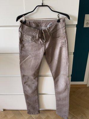 tolle Jeans, schöne waschung braun viele details