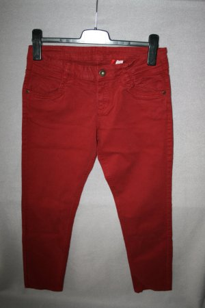 tolle Jeans von s. Oliver Gr. 38 in weinrot