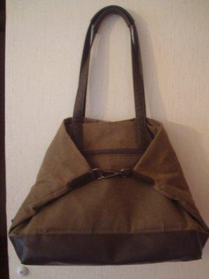 tolle JOST Tasche vielseitig  verwendbar, olivgrün
