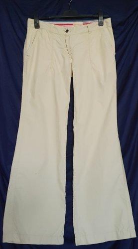 Tolle leichte Designer-Hüfthose in sommerlicher Baumwollqualität in beige von Calvin Klein Jeans