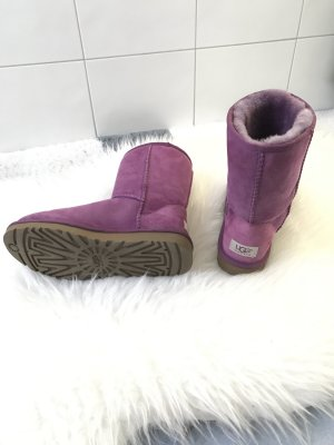 Tolle Lilafarbene UGG's