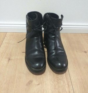 Tolle Marc Cain Boots 37