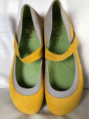Tolle neue Schuhe von BÄR, Gr. 9 (43)