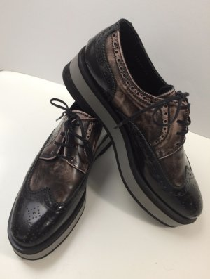 Pertini Wingtip Shoes bronze-colored leather